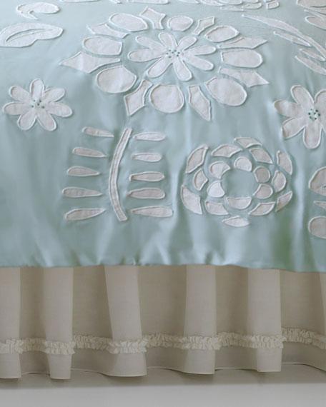 Queen Daydream White Ruffle Dust Skirt