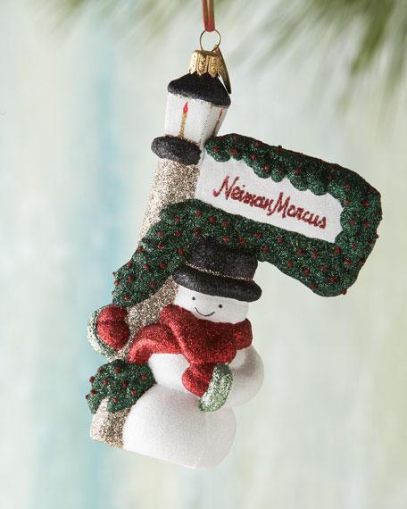 NM Snowman Under Lamp Post Christmas Ornament
