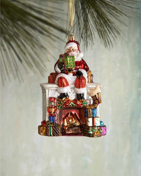 Santa Mantel Christmas Ornament
