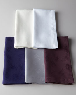 SFERRA Four Fan Flower Napkins