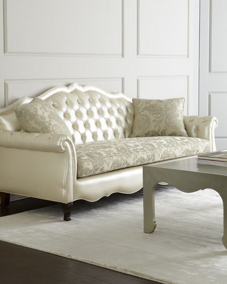 Nm exclusive antebellum sofa for Exclusive sofa