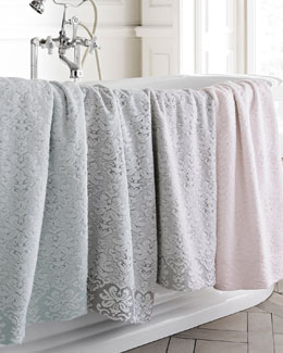 Lisboa Bath Towel