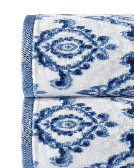 Dena Home Madison Medallion Hand Towel
