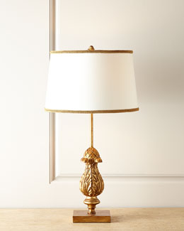 NM EXCLUSIVE Carved finial lamp