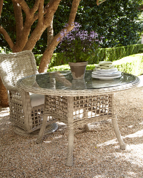 Madison Bay Round Outdoor Dining Table