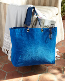 Scents and Feel Reversible Beach Tote