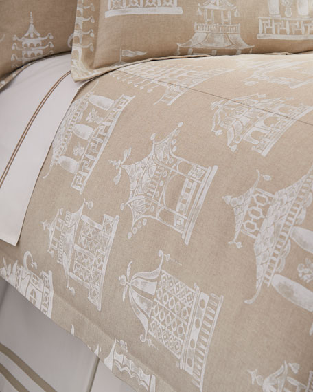 Queen Ming Pagoda Duvet Cover