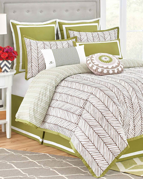 Queen Arrows 4-Piece Comforter Set