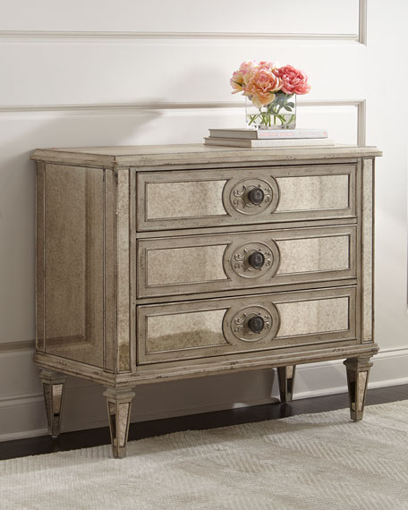 Lometa Mirrored Chest