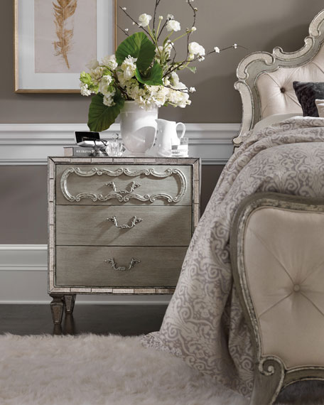 Hooker Furniture Juliet 3-Drawer Nightstand