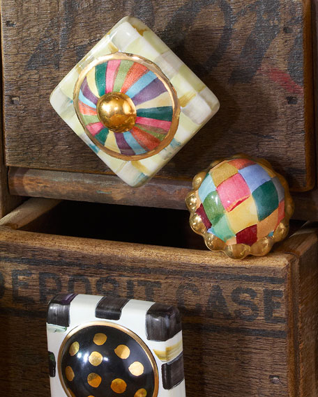 Petit Four Round Harlequin Majolica Decorative Knob
