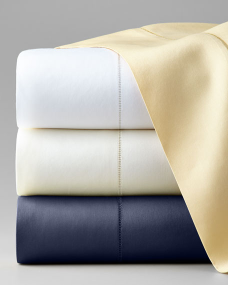 King Classic Sateen 590 Thread Count Fitted Sheet