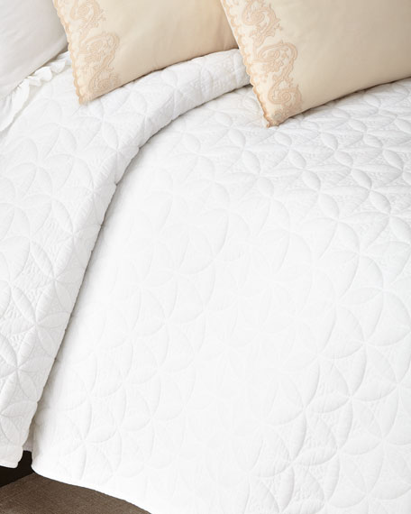 Queen Oslo Coverlet