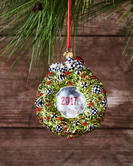 2017 Wreath Glass Ornament
