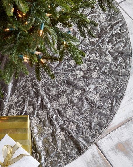 """White & Silver Collection Velvet 60"""" Tree Skirt"""