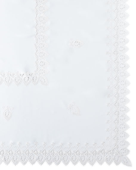 "Zella 72"" x 90"" Tablecloth & 8 Napkins"