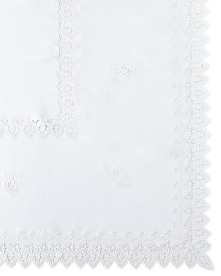 """Zella 72"""" x 90"""" Tablecloth & 8 Napkins"""