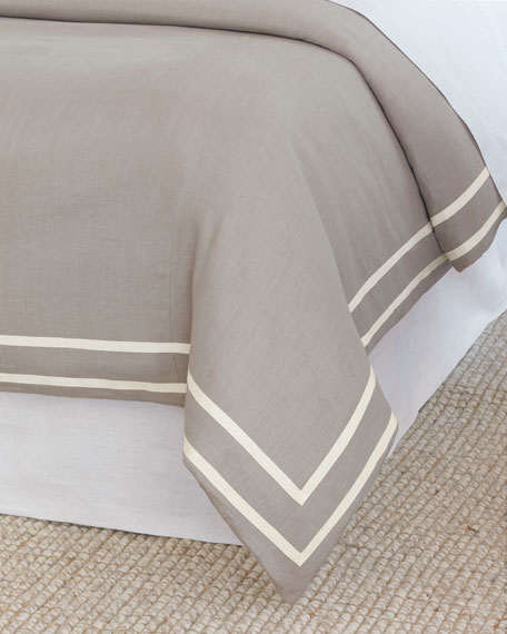 Eastern Accents Resort Fret Oversized King Duvet