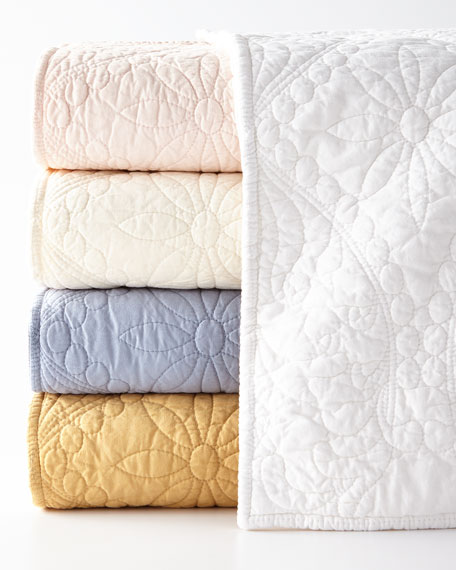 Micaela Matelasse Full/Queen Quilt Set
