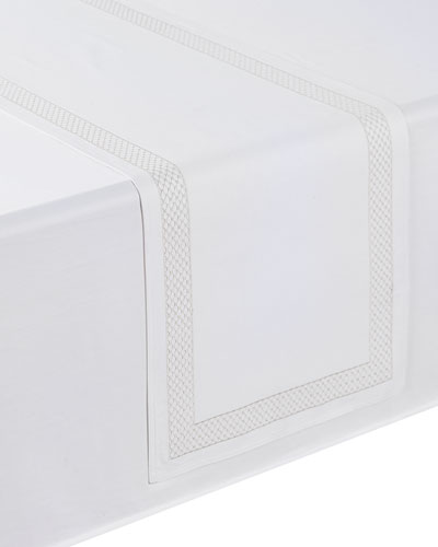 Netta Table Runner, White/Silver, 16