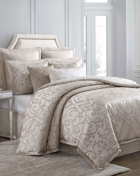 Charisma Avalon 4-Piece Queen Duvet Cover Set