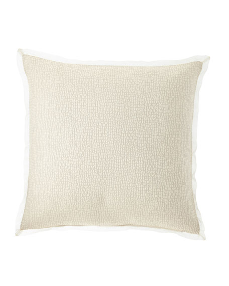 Pertila Pillow
