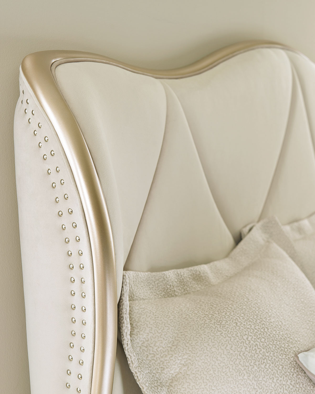Caracoleadela Upholstered California King Bed