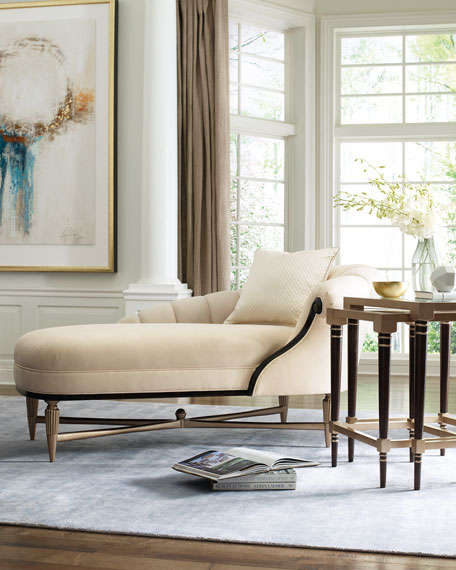 Everly Chaise