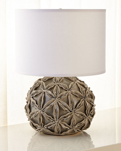 Star Flower Ceramic Table Lamp