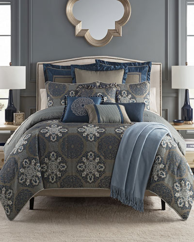 Jonet Reversible 4-Piece California King Comforter Set