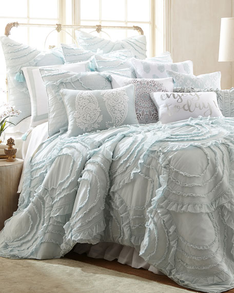 Layla Spa King Quilt Set