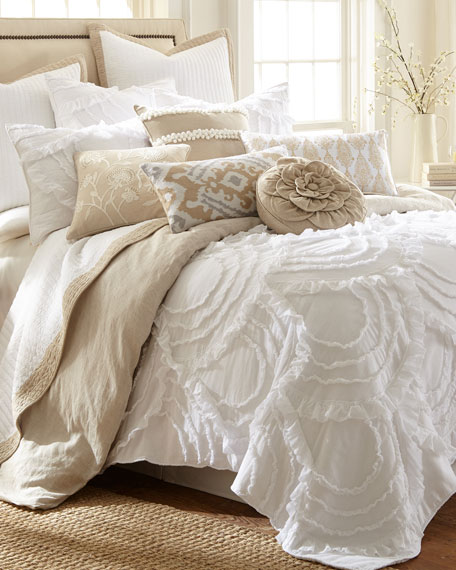 Layla King Quilt Set