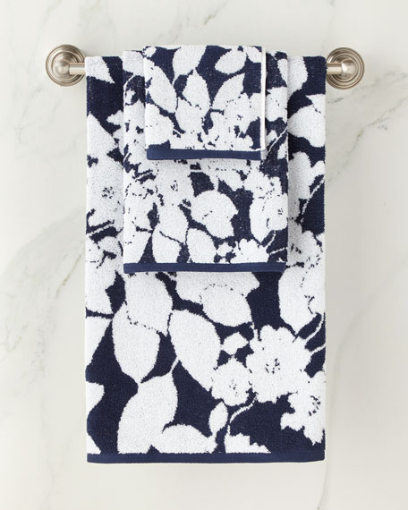 Sanders Antimicrobial Floral Bath Towel