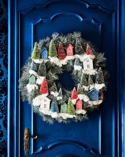 Classic Christmas Wreath with Houses