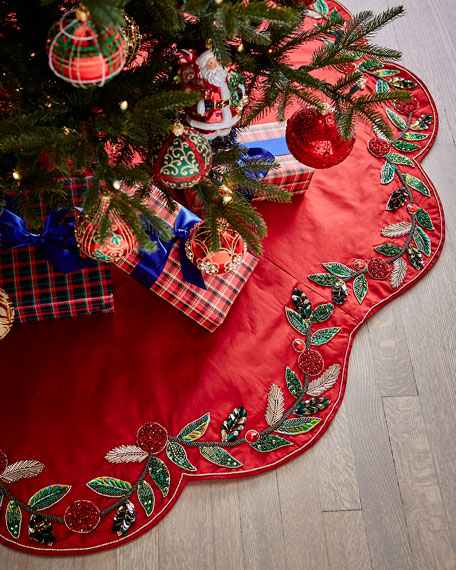 Kim Seybert Holiday Garland Tree Skirt