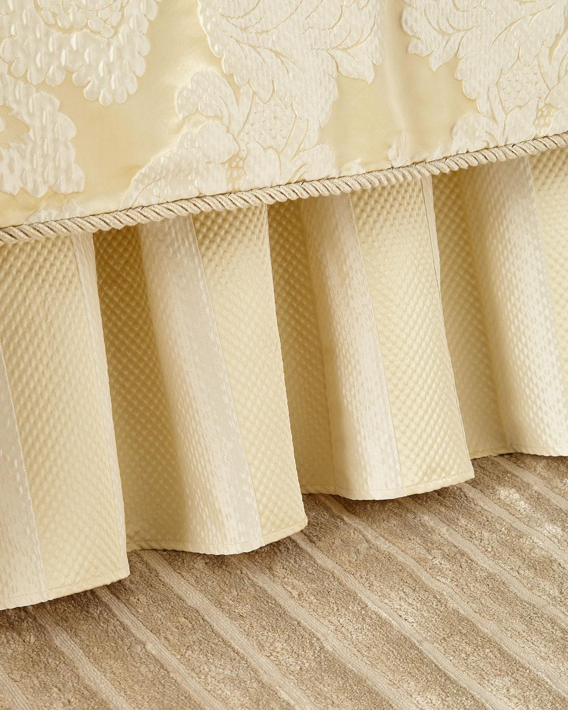 Austin Horn Classics Elizabethan Queen Dust Skirt