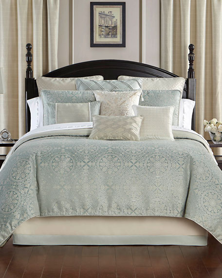 Daphne Reversible 4-Piece Queen Comforter Set