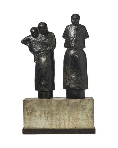 Familia Sculpture