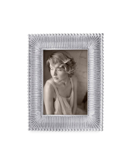 """Classic Fanned Picture Frame, 4"""" x 6"""""""