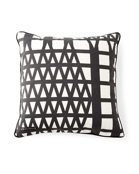 Le Messager Iris Pillow