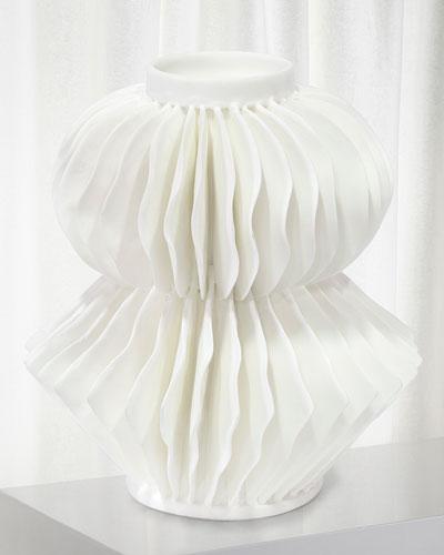 Antilles Small Porcelain Vase