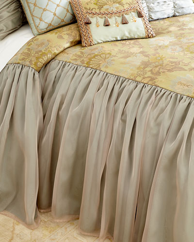 Petit Trianon Skirted King Coverlet