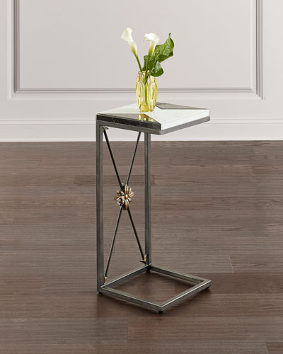 Noir et Blanc Martini Table