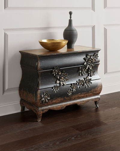 Charmant Bachelorette Chest