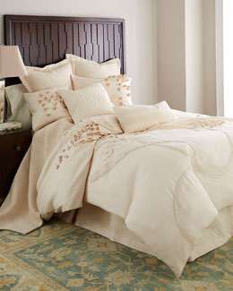 Dransfield & Ross House Wisteria Walk Bedding