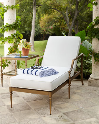 Sophia Outdoor Single Chaise & Side Table