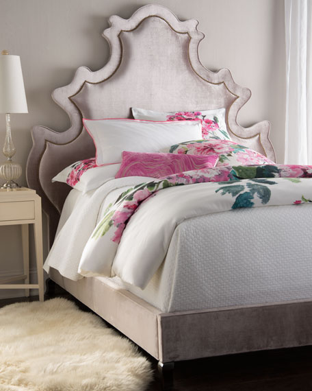 Pompidou King Bed