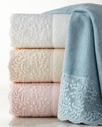 Carly Towels