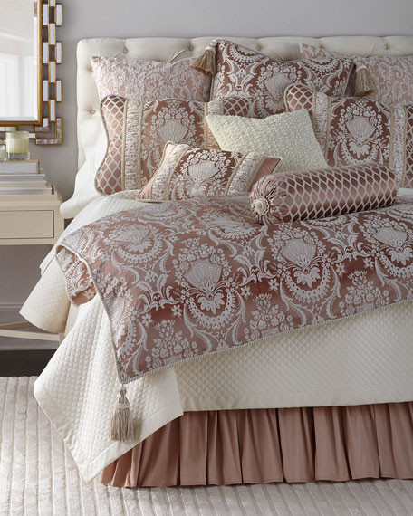 King Jessamine Duvet Cover