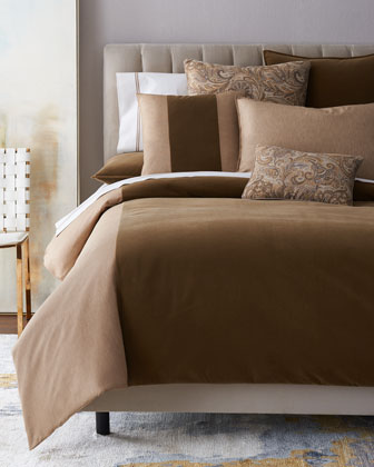 Franklin Bedding & Monticello Pillow